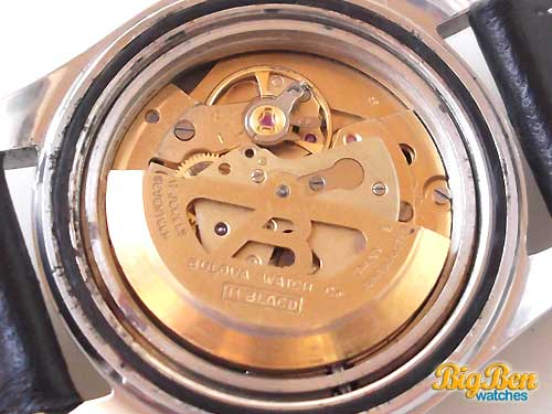 solid gold bulova oceanographer 333 feet automatic date watch