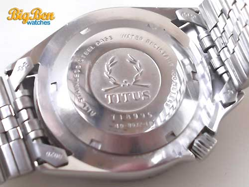 solvil et titus 100 meters automatic day-date dive watch