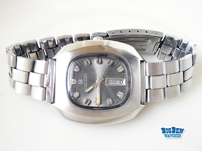 ricoh 21 jewels automatic day-date watch