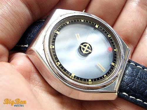 vintage zodiac astrographic automatic day-date watch
